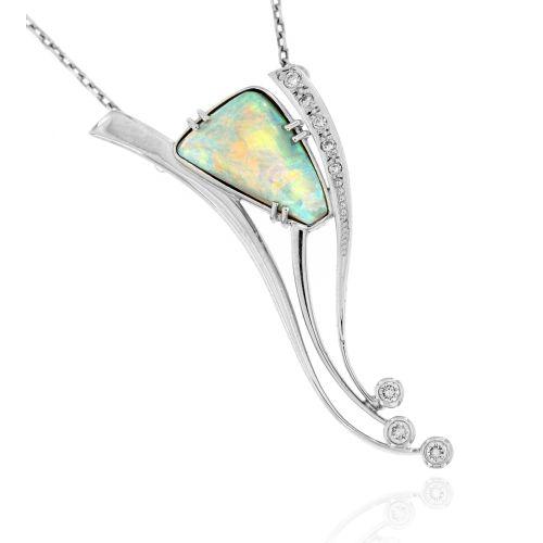 Diamantový náhrdelník s opálem 23121