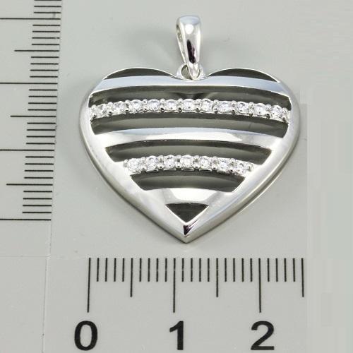 Dámský stříbrný přívěsek ve tvaru srdíčka 314259